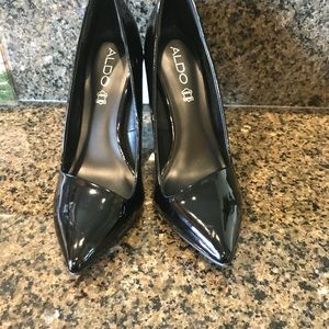 Aldo patent leather black pumps